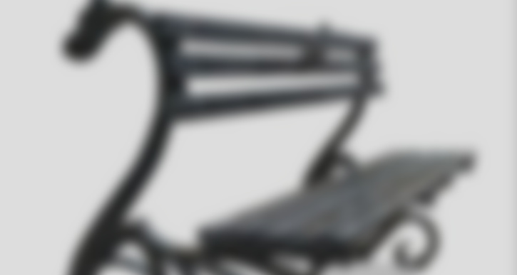 Необычная кованная скамейка