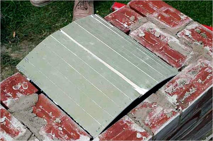 Подготовка к кладке арки из кирпича