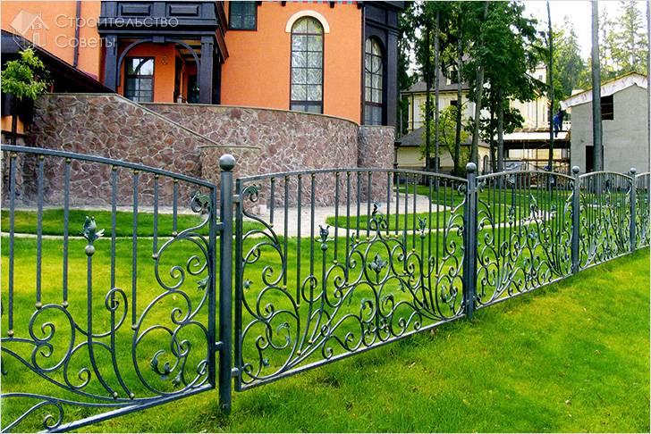 Забор с поликарбонатом своими руками