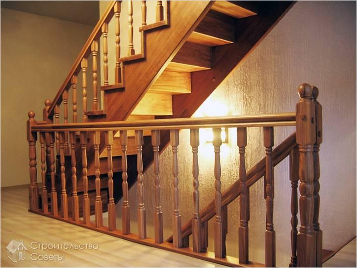Готовая лестница после проведения отделочных работ