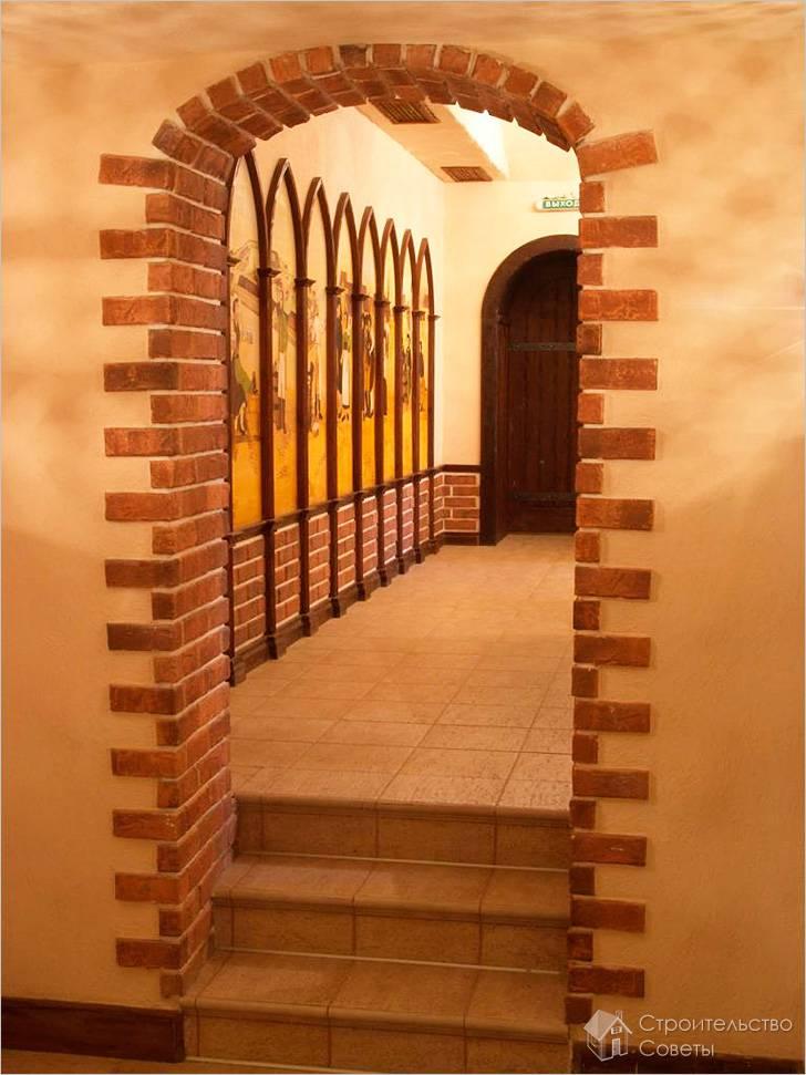 Декоративный отделочный камень на межкомнатной арке