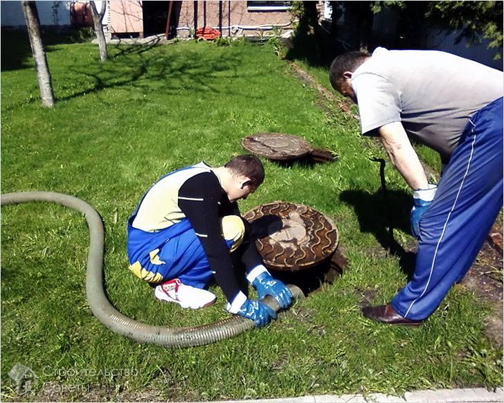 Как откачать выгребную яму в частном доме