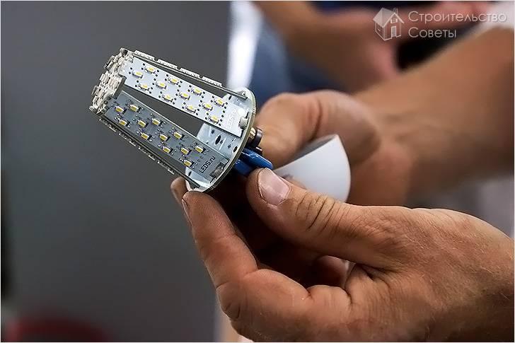Почему мигает светодиодная лампа