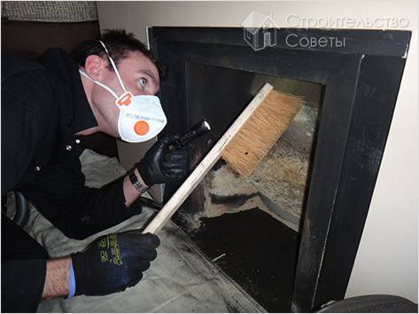 Как почистить трубу от сажи