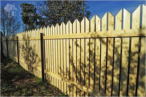 Как самостоятельно сделать деревянный забор