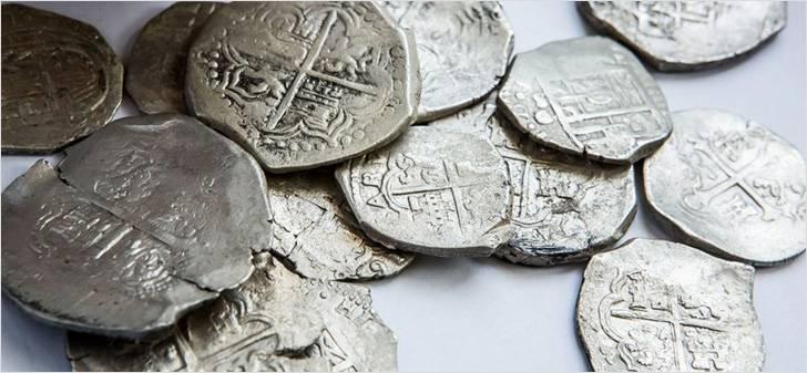 На близлежащей территории найдены артефакты