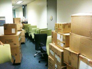 Как выбрать компанию для организации переезда офиса